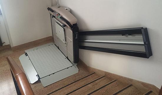 plataforma-para-cadeiras-rodas-em-escadas